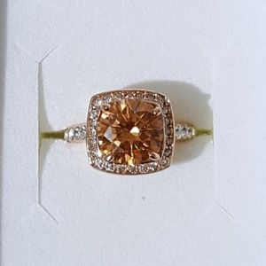 Jewelry - Large Morganite Rose Gold Ring